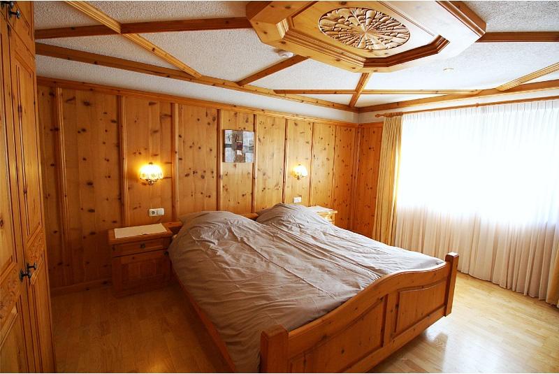slaapkamer 5 grote typisch Oostenrijkse op de begane grond